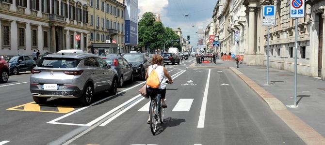 Milano: nel 2021 raddoppia il numero di ciclisti rispetto al 2019, cambiamenti importanti in corso Buenos Aires