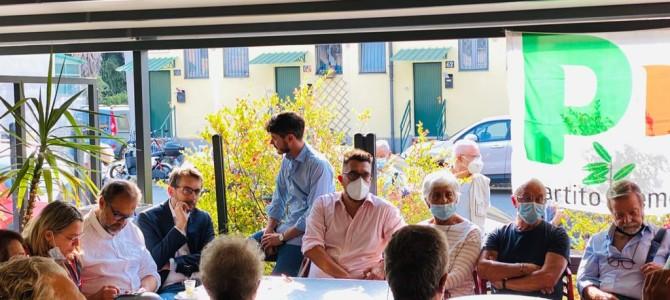 Incontro con i cittadini nel quartiere Rizzoli: ecco come sta cambiando e i principali interventi